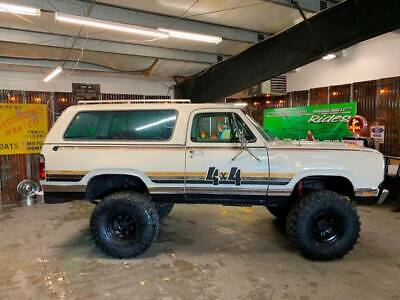 1976 Trailduster Sport 4X4 Plymouth Trailduster Beige with 115,236 Miles, for sale!