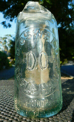 Antique D Oswald /  D.o Eaglehawk  For Repair Mint Body Shelf Example Old Bottle
