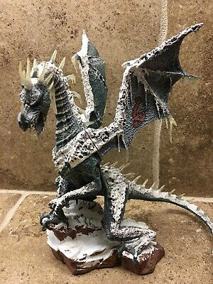 Ice Dragon - McFarlane's Dragons - The Fall of the Dragon Kingdom Series 7