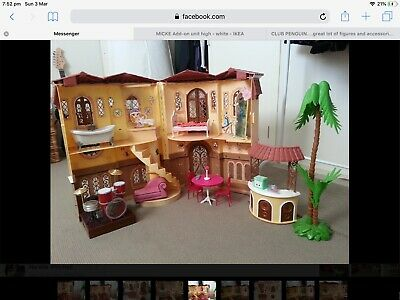 Doll House Bratz and furniture Bundle