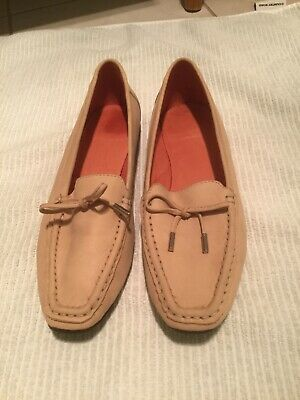 Bared Puffin Shoes : as new size 40