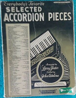 ACCORDION EVERYBODY'S FAVORITE Selected Pieces Song Book Old