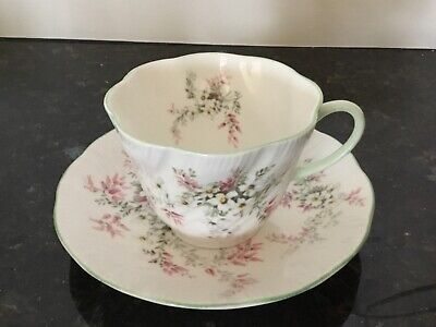 Queen's Fine Bone China Tea Cup and Saucer - Rosina - Made In England