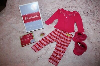 NEW American Girl FAIR ISLE PAJAMAS Doll Sized CONFIDENT CHARM & Fuzzy Slippers