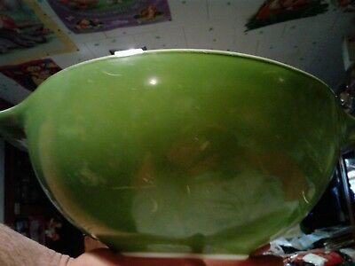 VINTAGE PYREX DARK AVOCADO GREEN PRE-OWNED  4 QT  cinderella bowl 444 LOOK