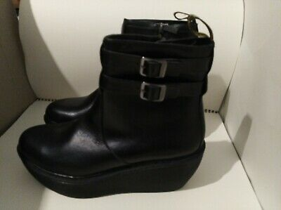 070db61faad DR. MARTENS CAITLIN Ankle Boot Platform Black Leather Women s Size 7 ...