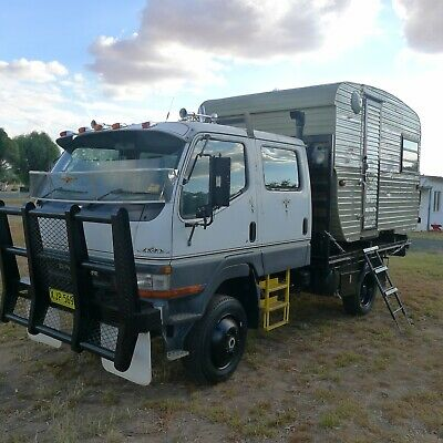 2001 Mitsubishi canter 4x4 crew cab motorhome housetruck tiny house campervan