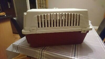 Atlas 20  Pet Carrier..cats, dogs, rabbits or other small animals.
