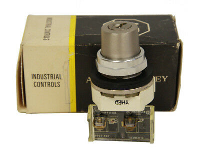 Allen Bradley 800T-H48A 2 Position Key Operated Selector Switch 1 NO - 1 NC New
