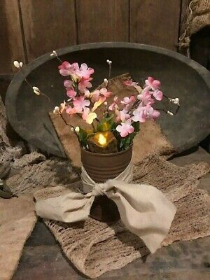 Primitive Country Spring Pink Flowers Candle In Rusty Can Cupboard Tuck