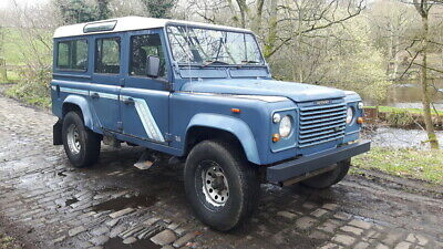 Land Rover Defender 110 County Station Wagon USA Export 4x4 CSW Off Road 200TDi