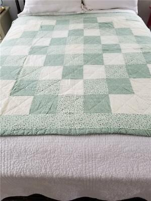 """Lovely Vintage Lap Quilt """"trip Around The World"""" Hand Quilted"""