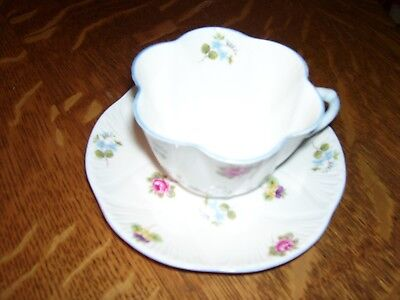 Vintage Shelley Fine Bone China England Cup & Saucer Dainty Flowers Roses Chintz