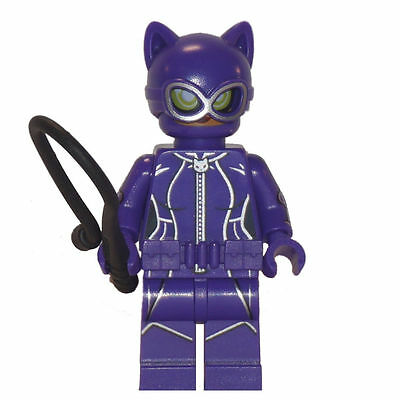 The Batman Movie BRAND NEW Lego Catwoman Minifigure w// whip and gem 70902