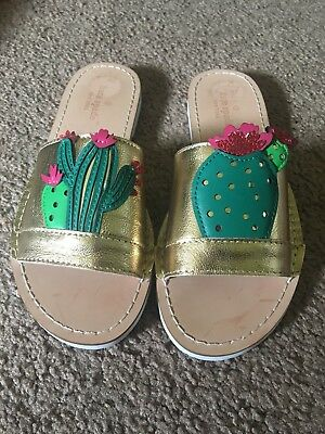 85a933859819 Kate Spade Slide Sandals Size 6.5 Cactus Theme And Gold