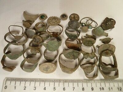 4097 Lot of 35 ancient Roman , Byzantine,Medieval and Late Medieval bronze items