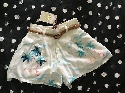Gorgeous Piping Hot Tropical Summer Girls Shorts Size 2