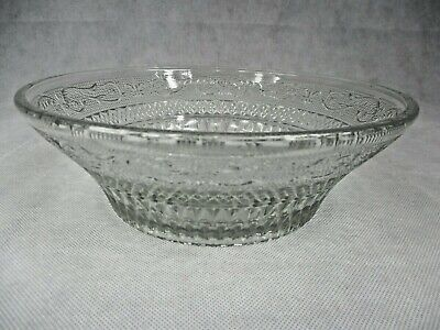Vintage Patterned Glass Fruit Or Salad Bowl 21cm Dia