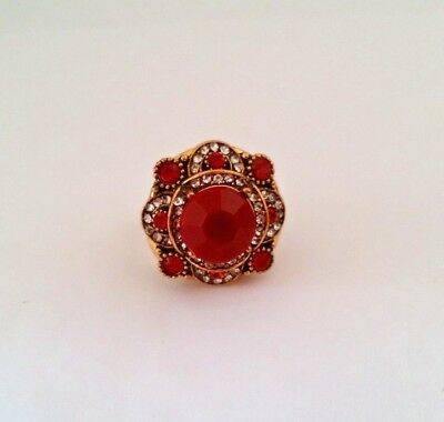 Retro Solemn Carved Pattern Inlaid Red Crystal Silver Plated Ring Size 9