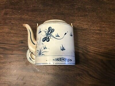 Ancienne theiere decor libellule porcelaine chinoise ???