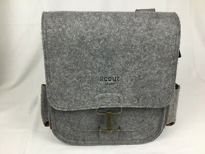 c24268989f6 SCOUT By PPB Heather Gray Felt Diaper Bag Messenger Style Petunia Pickle  Bottom