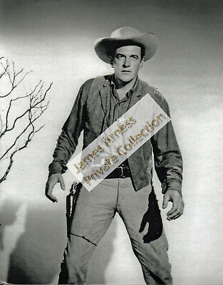 James Arness Gunsmoke Marshal Dillon Black/White Photo #30  8 x 10
