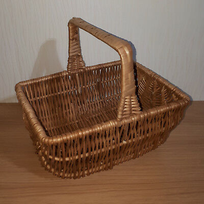 Vintage Wicker Shopping or Picnic Basket 30cm X 22cm X 13cm Natural