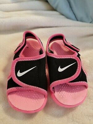 a7210fcaa809 Toddler Girl Black Hot Pink Nike Sunray Sandals size 5 - great condition!