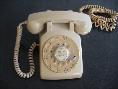 Vintage Western Electric Tan/Beige  Rotary Dial Desk Phone Bell System 500 WORKS
