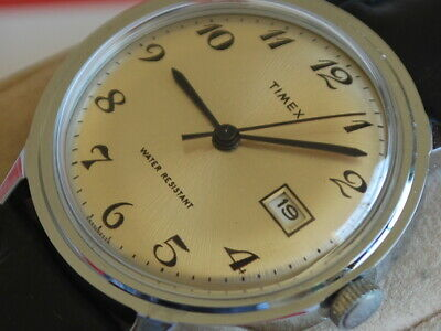 Nice NOS 1970s TIMEX Manual Wind Men's Watch w/Date & Honey Dial