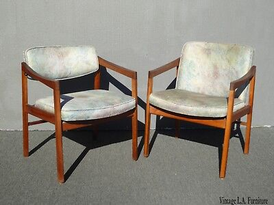Pair of Vintage Mid Century Milo Baughman Style Blue Accent Chairs His Hers