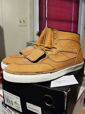 74cf3ea476 VAULT BY VANS x Horween Mountain Edition size 10.5 -  50.00