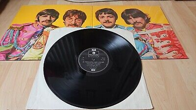 The Beatles Sgt Pepper's Lonely Hearts Club Band Vinyl UK 1970Gatefold EMI LP VG