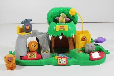 FISHER PRICE LITTLE People Animal Sounds Zoo Playset w