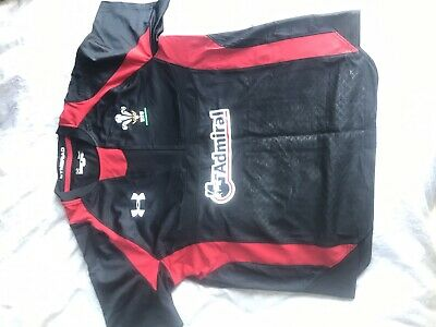 Under Armour WRU Wales Rugby Top Size L