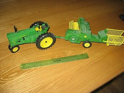 ERTL JOHN DEERE 70 Row-Crop narrow Tractor with 336 Baler