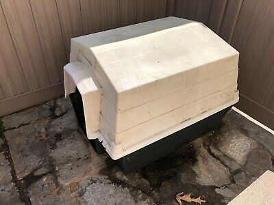 Large (50-90 pounds) Outdoor Plastic Dog house