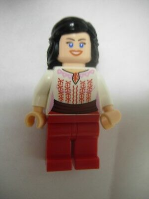 Red OUTFIT MINIFIGURE LOOSE LEGO INDIANA JONES 7195  MARION RAVENWOOD