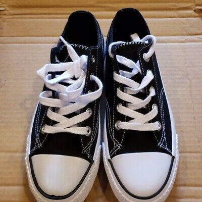 new product f08f6 a4fe1 Converse All Star Men s Shoes Black Canvas Low Top Lace Up Sneakers Size 9