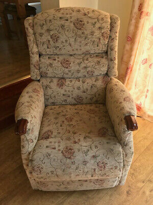 SHERBORNE ELECTRIC RISER Recliner Chair, Beige £53.00