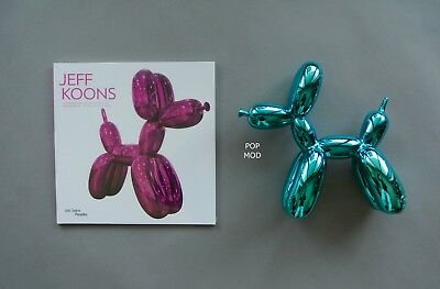 Jeff Koons French Retrospective + Pop Art Balloon Dog Figure Set : Blue