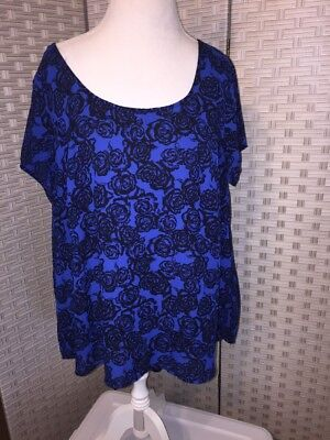 Torrid Size Floral Blue Black Top Tunic Hi Low Size 0 V Back  Cap Sleeve