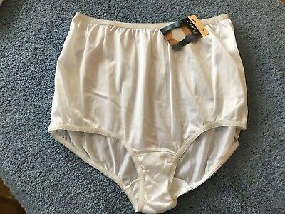 Vintage Sears Captiva All Nylon Brief Panties 9 XXLarge NWT