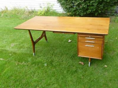 Vintage 1950-60s Mid-Century Modern Walnut Sculpted Legs Executive Drafting Desk
