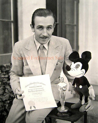 Vintage 1930s ~ Walt Disney Photo Academy Award Mickey Mouse Doll ~ Disneyland