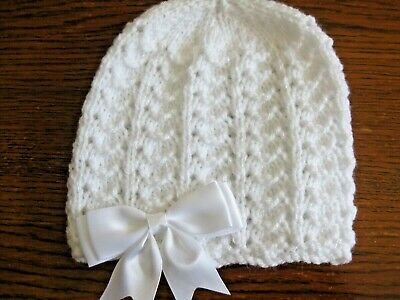 New Hand Knitted Baby White Beanie Hat Size New Born (6)