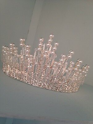 7cms Tall Silver Pageant Crown . Ice Maiden Tiara Crown . Stage / Show Tiara