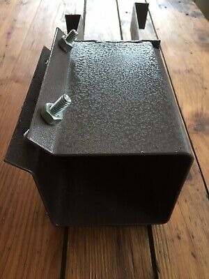 100mm Concrete In Metpost Fence Post Support