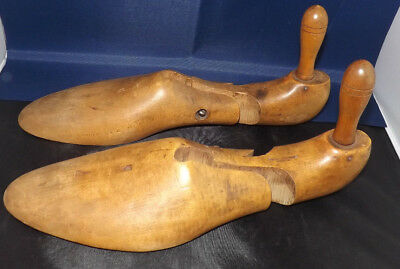 "Vintage ""Ire-Dale"" Tree. Shoe Trees by The Canada Last Co. of Toronto Canada"