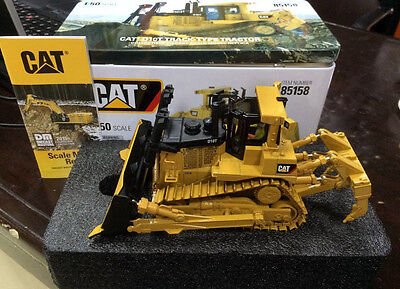 NEW PACKING - DM Model 85158 - Cat D10T Track-Type Tractor 1